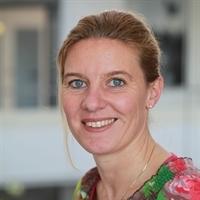 Nancy Holthuysen