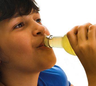 Geen calorierijke suikerhoudende frisdranken meer op school